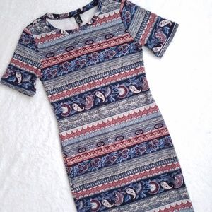 Forever21 Paisley Printed Tee Dress